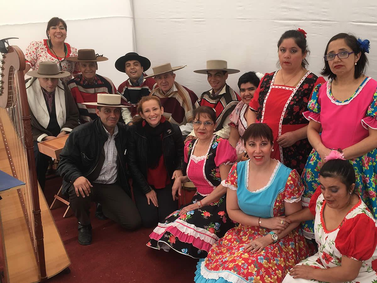 Mapusuyai agrupación folclórica del Centro Comunitario de Salud Mental de San Carlos