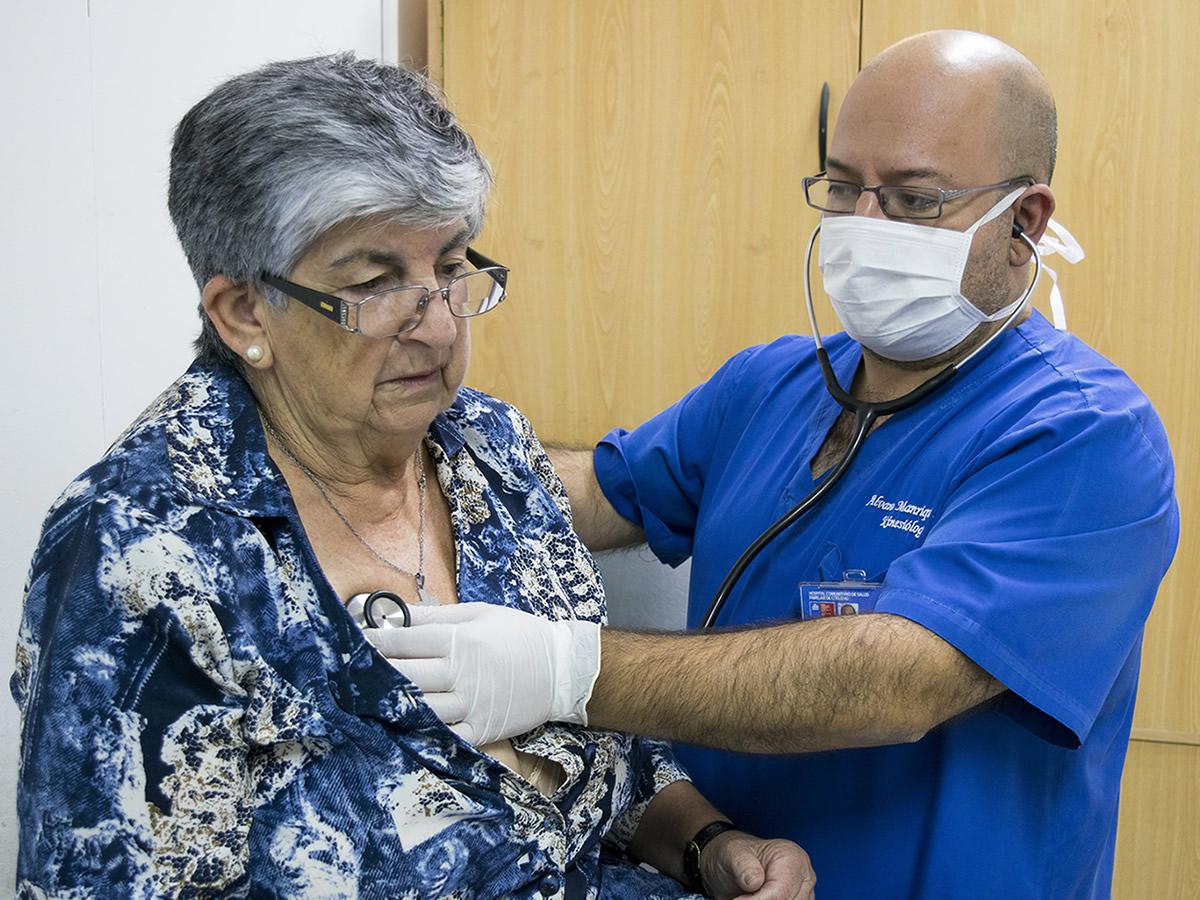 Cómo prevenir las enfermedades respiratorias en los adultos mayores