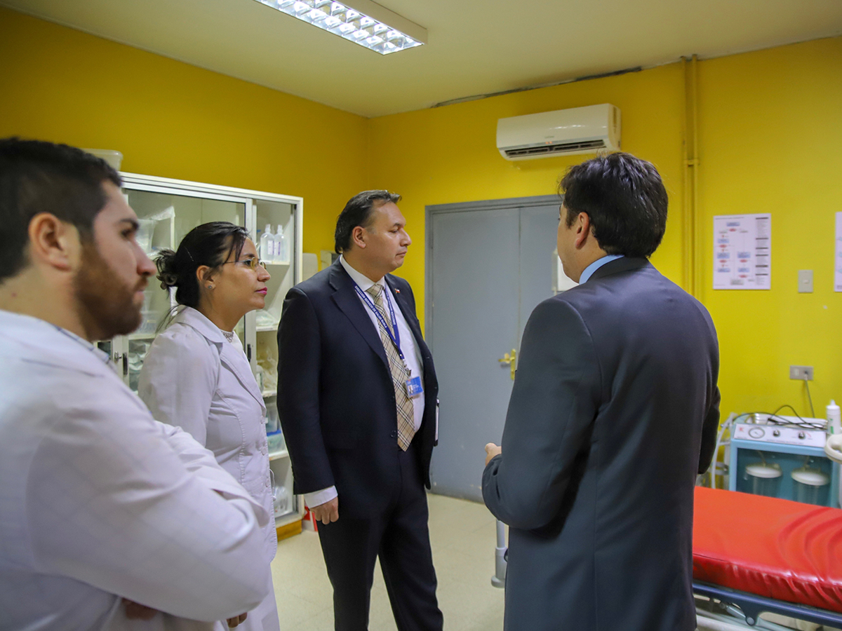 Director del Servicio de Salud Ñuble recorre la red asistencial_Hospital de Bulnes